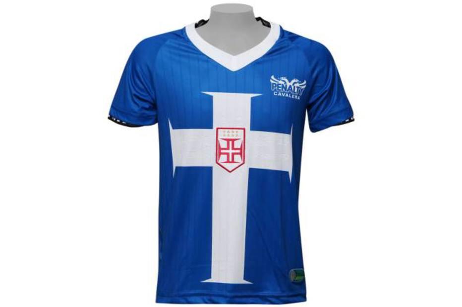 a717113f9e Flamengo. Essa camisa de 2010 não tinha como ficar de fora da lista.